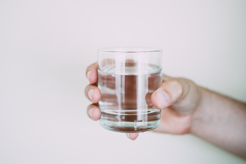¿Que ocurre a nuestro cuerpo si no bebemos agua?